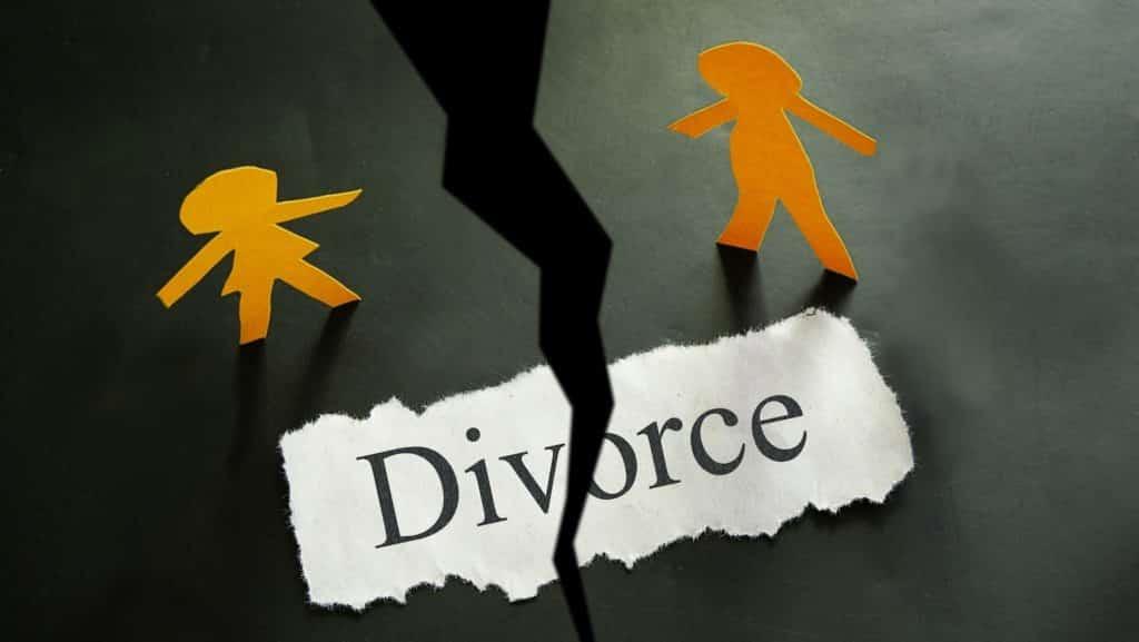 Divorce lawyer in Huntington