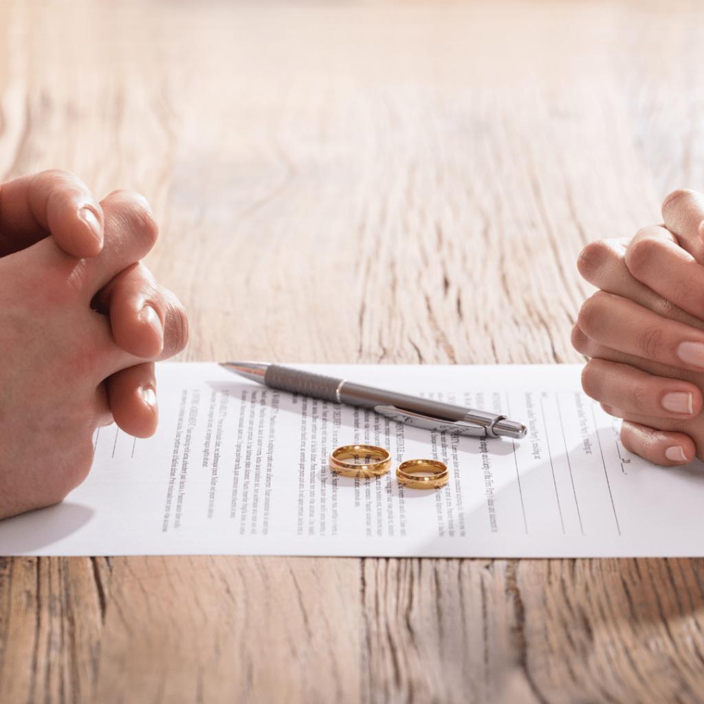 Divorce Lawyer In Riverhead